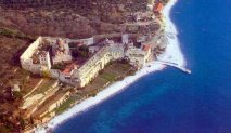 Ксенофонтов монастырь  Ксенофонтов монастырь располагается на западной стороне Святой Горы Афон.