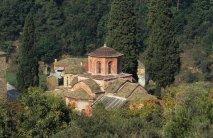 Главный соборный храм «Кириакон» -Главный соборный храм посвящен Святому Димитрию.