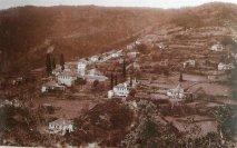 Скит Святого Димитрия Располагается на северо-восточной стороне Святой Горы Афон, в 30 минутах ходьбы от монастыря Ватопед.