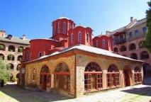 храм «Преображения Господня» В центре монастыря Кутлумуш находится Соборный храм в честь Преображения Господня.