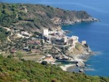Святой монастырь Пантократор Пантократор расположен на скалистом мысу, на северо-востоке Афона.